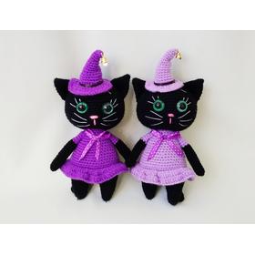 Вязаная игрушка Кошка-ведьмочка для ребенка старше 3 лет