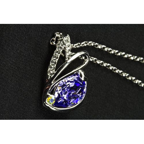 """Кулон """"Солнечный зайчик"""" с камнями Сваровски,  фиолет"""